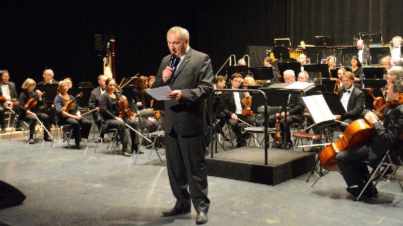 Présentation par le Président du Lions Club de Maubeuge Hainaut, du Concert de Noël 2017 à Maubeuge, avec l'Orchestre National de Lille - Lions Clubs du Nord de la France